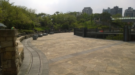 Garden of Da-An Forest Park Subway Station.